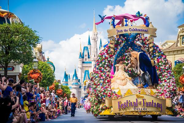 festival-of-fantasy-parade-022-M.jpg
